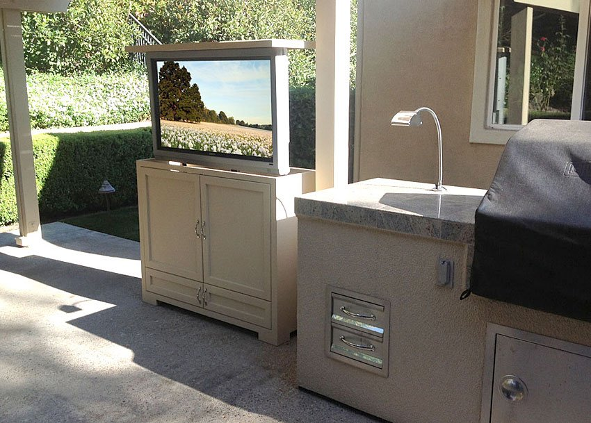 Best-Outdoor-Stereo-Cabinet